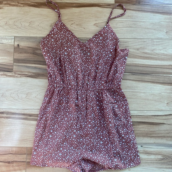 Romper from SHEIN. Never worn, size medium but fits like a small. (quite short)